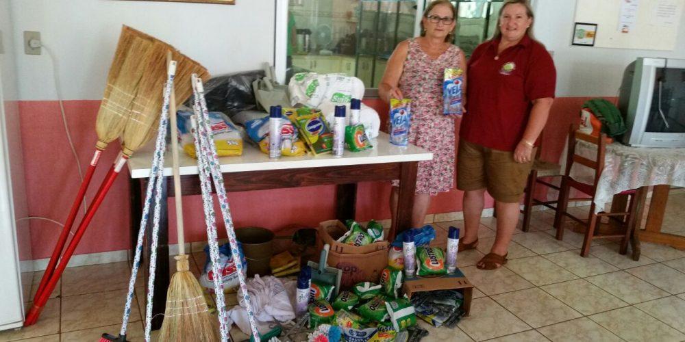 31º Hortigranjeiros Realiza Doação De Materiais De Limpeza Ao Lar Do Idoso De Santa Rosa