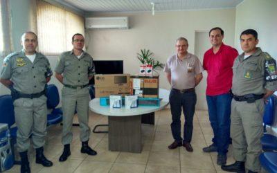 32º Hortigranjeiros realiza doação de computadores à Brigada Militar